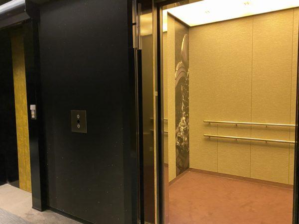 金エレベーター